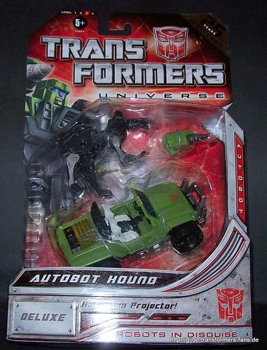Hound Universe Classics 2.0 Deluxe Transformers 001