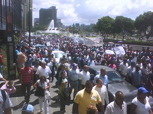 Marcha en Plza. Venezuela