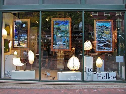 frog.hollow • window.display