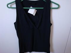 Vendo blusa preta NOVA tam p - (Michele_manveri) Tags: nova preta vendo blusa