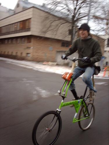 Kriittiseltä pyöräretkeltä 14.11.2009 Kuva: hugovk Flickr http://www.flickr.com/photos/hugovk/4152568209/