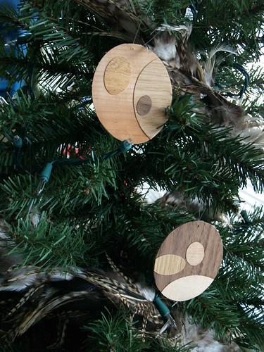 Woodgrain Ornament