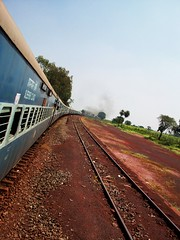 477 Train, Karnataka (Bennie Lava) Tags: road travel india this strangers rail trains anderson karnataka wes
