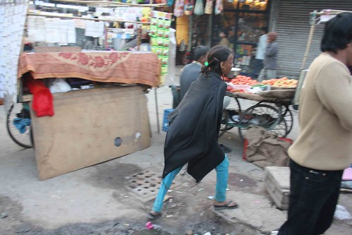 Mission Delhi – Pooja, Paharganj