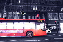 (  | Ruba , [ AWAY ]) Tags: uk england bus london home flag saudi miss eng ksa ruba falg