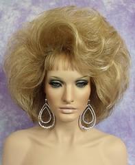 Sexy Blonde Bouffant (mgwigs4u) Tags: httpmyworldebaycommgwigs4u