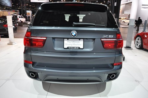 Bmw X5 2011 Facelift. 2010 NYIAS: 2011 BMW X5 Facelift (Set)