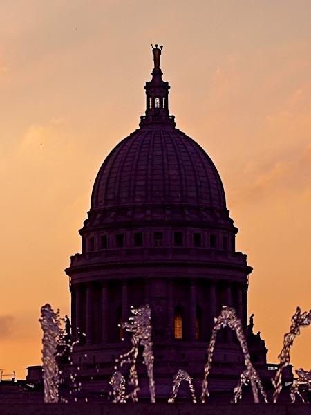 Capitol Silhouette © 2010 Bo Mackison