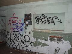 Pez, o2, Suer, Blief (Boats & Hoes!) Tags: sf sanfrancisco pez graffiti marin o2 bayarea sausalito marinheadlands pezo suer blief suerer