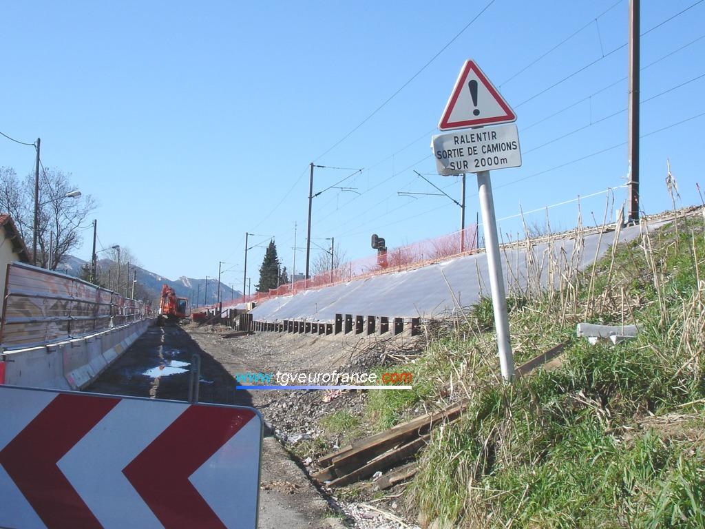 Travaux de terrassement à Aubagne (direction La Penne-sur-Huveaune)