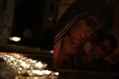 Una Luz en la Noche _ 12 (Iglesia en Valladolid) Tags: unaluzenlanoche iglesiapenitencialdenuestropadrejesúsnazareno valladolid velas iconodemaría icono