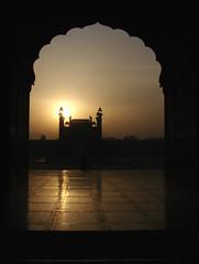 Sunrise (aamir.waheed) Tags: pakistan sunrise mosque lahore mywinners mywinner superaplus aplusphoto badhshahimosque aamirwaheed