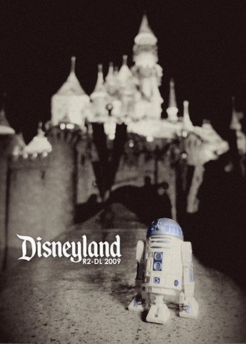 R2-DL (Disneyland)