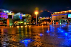 Millenium Square, Bristol at Christmas (HDR) (Luke Andrew Scowen 2009) Tags: city light england bristol lights hdr milleniumsquare cpl milleniumsquarebristol lukeas09 lukescowen lukeascowen lukeascowen2009