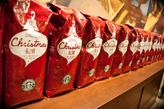 Coffee and Christmas (I am a Sunny Day) Tags: christmas red coffee store starbucks bags blend