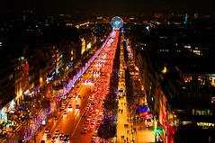 Paris avenue des Champs Elysées la nuit 3 (paspog) Tags: paris night nacht avenue nuit champselysées avenuedeschampselysées flickrdiamond yourcountry