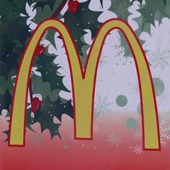McDonald's letter M (Leo Reynolds) Tags: canon eos iso100 100mm m mmm 7d letter oneletter f50 0005sec hpexif grouponeletter letteryellow xsquarex lettericonic xleol30x