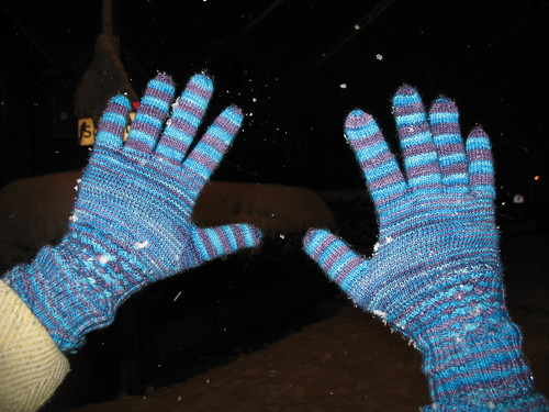 completed knotty gloves