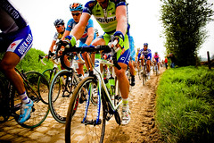 Close (smashred) Tags: cobbles flanders pave roubaix parisroubaix professionalcycling flahute pezcyclingnews pezcycling veloclassic jeredgruber veloclassictours petereaston