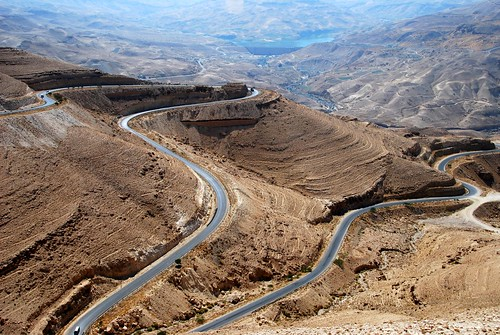 the kings' highway winding through jordan's desert landscape