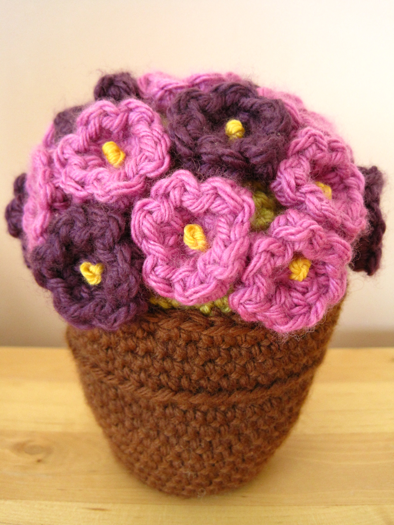 Original Crochet Amigurumi Flowers : Flowers for my mother-in-law The little house by the sea