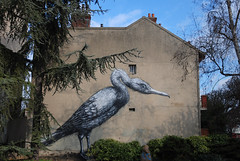 Roa goes big in Vitry (lepublicnme) Tags: blue sky streetart france bird animal graffiti february 2010 roa vitry