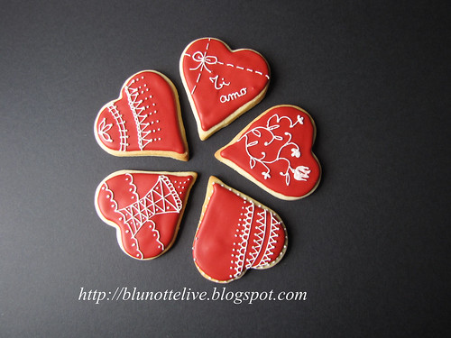 red love cookie