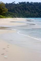 Waves washing the sand (keedap) Tags: india beach asia honeymoon deepak deep x virgin kanu havelock andaman sharma keerti besr radhanagar