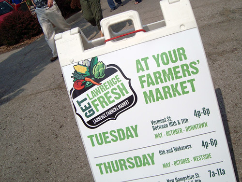 6-4-farmers-market-sign