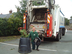 Compost truck (RecycleforShropshire) Tags: collection vehicle waste recycling composting compostbin