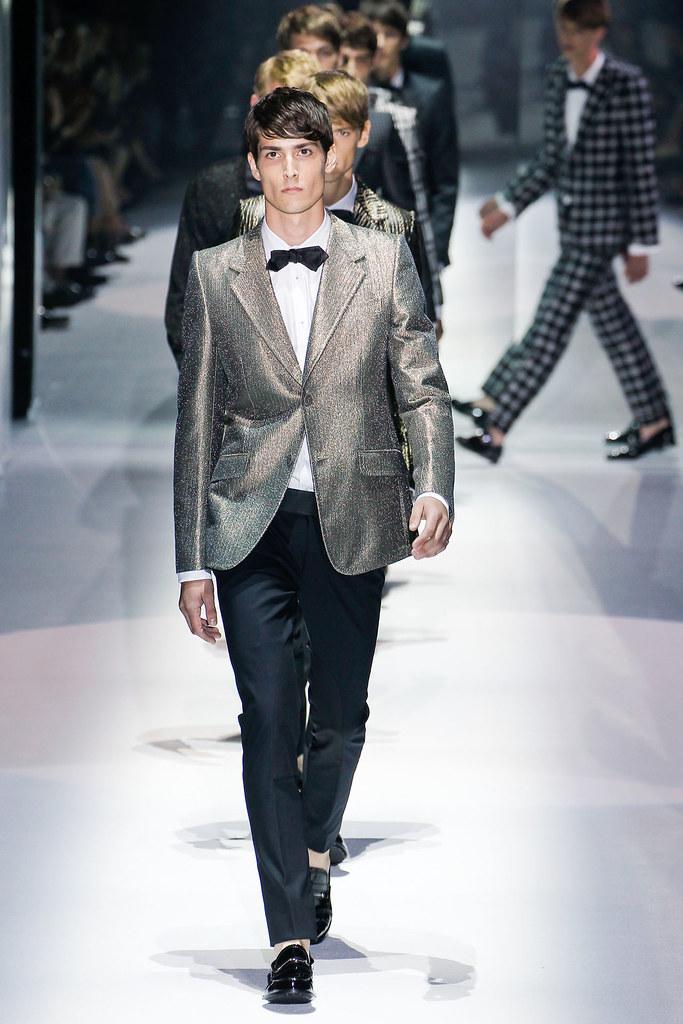 SS12 Milan Gucci042_Steffan Lindstrom@MARION VAIN(VOGUEcom)