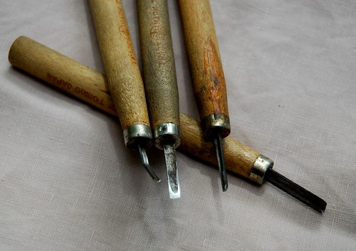 linocut carving tools