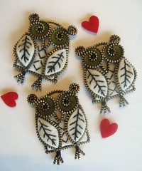A bunch of owls... (woolly  fabulous) Tags: white wool leaf pin heart recycled brooch felt owl zipper newbirds embroisered