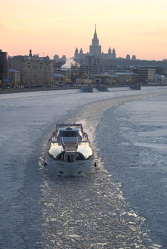 Ice Breaker. Moscow