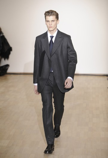 William Eustace3044_FW10_Paris_Raf Simons(WWD)