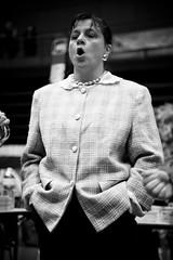 Le R Grave (06) - 15Nov09, Romans (France) (]) Tags: portrait blackandwhite bw music woman girl grave festival collier book necklace noiretblanc live femme band nb sing convention singer instrument brass groupe livre r brassband romans musique chant fanfare chanteuse litterature littrature romansromans lergrave