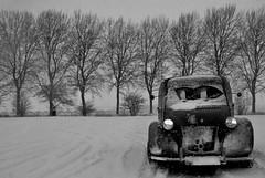 Snow again... (CitroenAZU) Tags: schnee winter snow hiver sneeuw citroen 2cv 1957 neige wintertime besteleend azu deuche camionette fourgonette
