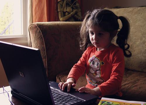{Rhianna 365} day 201 - computer geek
