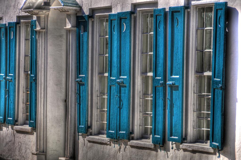 Southern plantation shutters southern plantation awning for Southern plantation shutters
