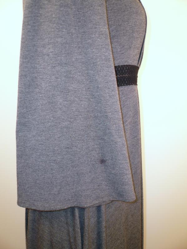Grey_Knit_Pleated_Empire_Waist_Dress_Sleeve