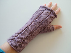 Violet-Fetching (honeysuccle) Tags: knitting knitty fetching fingerless