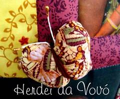 Borboletinha, t na cozinha, fazendo chocolate, para madrinha.... (Herdei da Vov) Tags: foto artesanato craft pillow borboleta patch patchwork almofada manualidades tecido costura