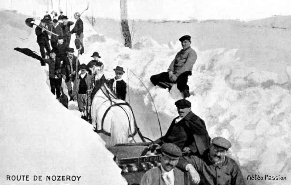route enneigée entre Nozeroy et Champagnole pendant l'hiver 1907