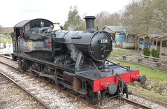 5526 at Totnes - 21 March 2010 (John Oram) Tags: southdevonrailway 5526 262t totnes 4575class
