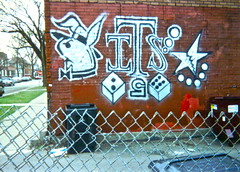 Gangster Two Six (Old School/Vintage) (submitted pic) (Chicago's Cold War) Tags: chicago bunnies graffiti gangsters chitown tags chiraq gangs coldwar gts ganggraffiti gangtags rainingblood twosix warensemble chitilla warofattrition kktown chicagogangs blackbeige gangstertwosix chicagogangtags shottown killinois amordekonejo 24keeler gangbangcity