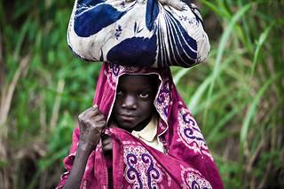 Lendu girl in the rain  - DR CONGO -