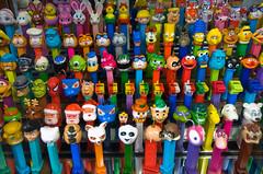 (try hank) Tags: toys multicoloured alotofthem pezdispensers