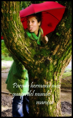 Paula (MaRuXa fotografía) Tags: verde canon arbol rojo retrato jardin galicia paula otoño paraguas padron maruxa maruxa2
