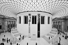British museum (Sergey Tzar) Tags: uk bw london museum architecture canon 5d british mm 2009 1022 markii londonist 400d