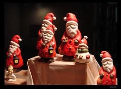 Weihnachtsmarkt - christmas fair (Jorbasa Mwa) Tags: hat germany deutschland hessen weihnachtsmarkt santaclaus nikolaus geotag christmasfair mtze wetterau jorbasa